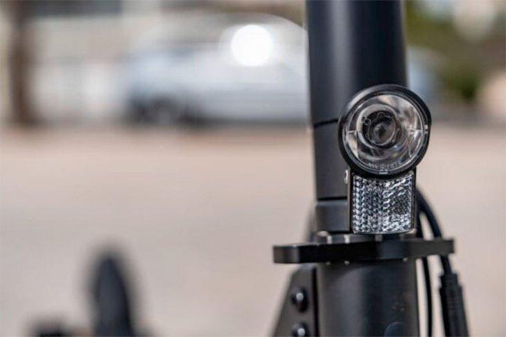 Mercedes-Benz buat skuter listrik, jangkau 25 km untuk kaum urban 1