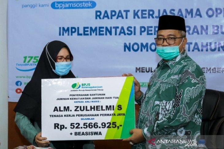Mulai tahun depan, pegawai honorer di Aceh Barat terima pensiun