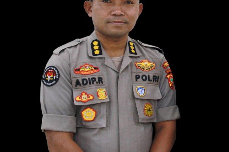 Fasilitas publik di Ternate disemprotkan cairan disinfektan antisipasi corona