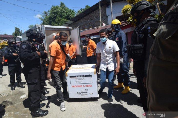 Satgas COVID-19 tunda distribusi vaksin ke 10 Kabupaten/Kota di Maluku