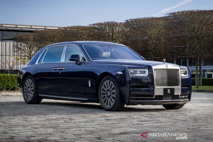 """Desain dan """"bespoke"""" terbaik Rolls-Royce sepanjang 2020 2"""
