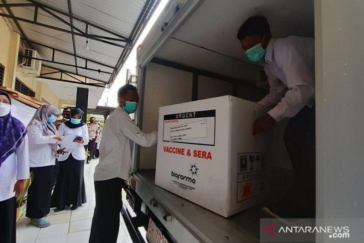 3.240 Dosis Vaksin Tiba di Batanghari