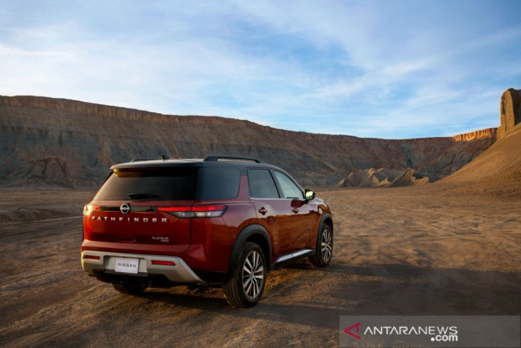 Nissan Pathfinder serbu diler mulai tengah tahun ini 1