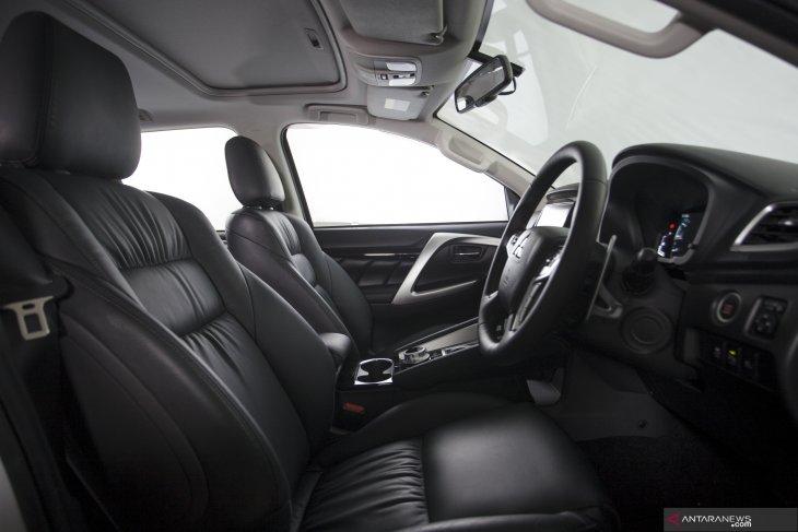 Tampilan New Pajero Sport dan perbedaannya dengan varian sebelumnya 3