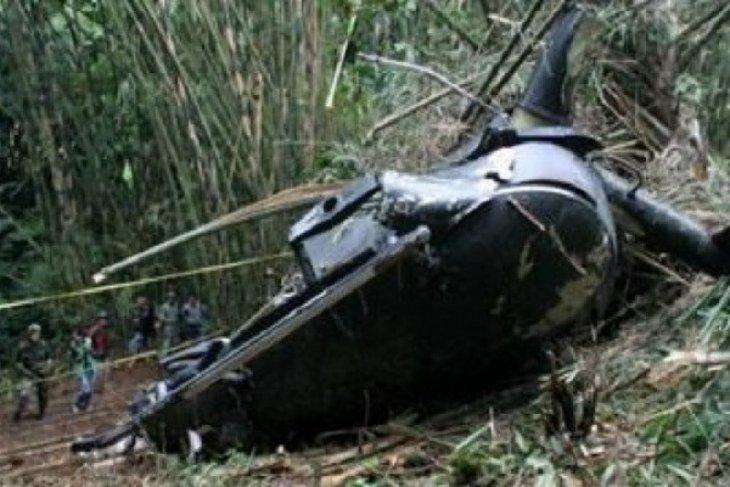 Helikopter jatuh ke danau, dua tewas, dua hilang thumbnail