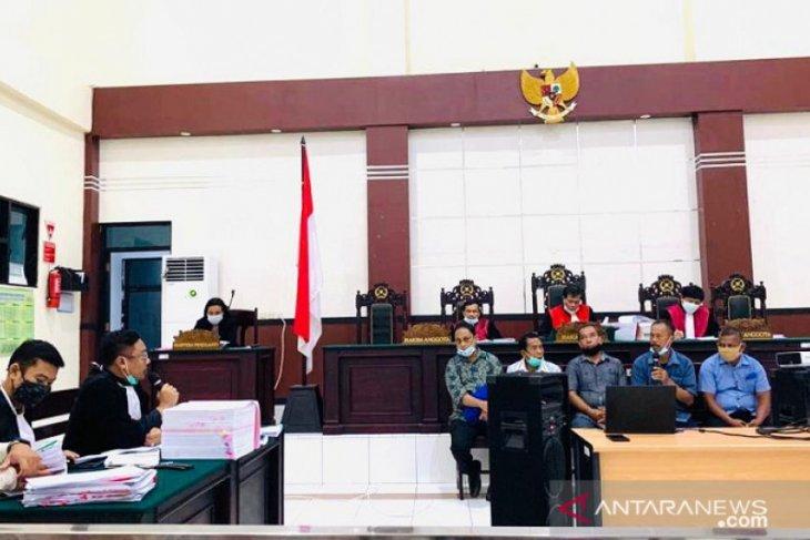 Hakim Tipikor PN Ambon gelar sidang korupsi dana BOS SMK Negeri 3 Banda Naira