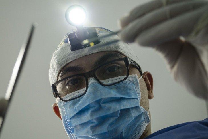 dentist 4373290 1280 2