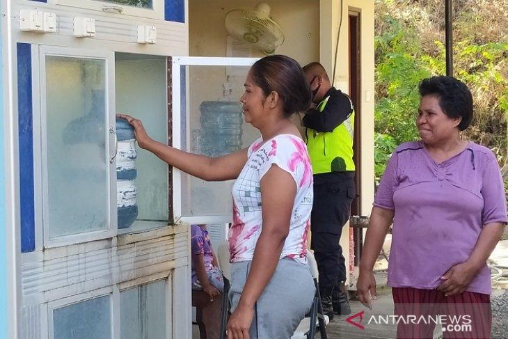 Masyarakat lingkar PT. BKP – BTR di Pulau Wetar dapatkan layanan air layak minum