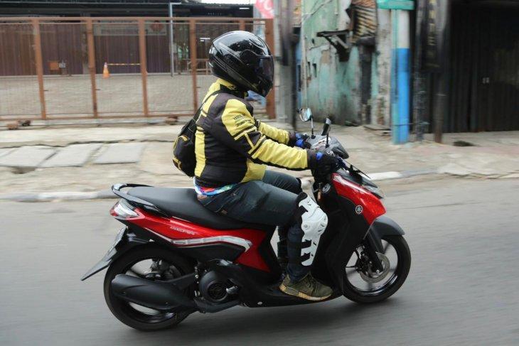 Membelah jalanan Ibu Kota menunggangi Yamaha Gear 125 2