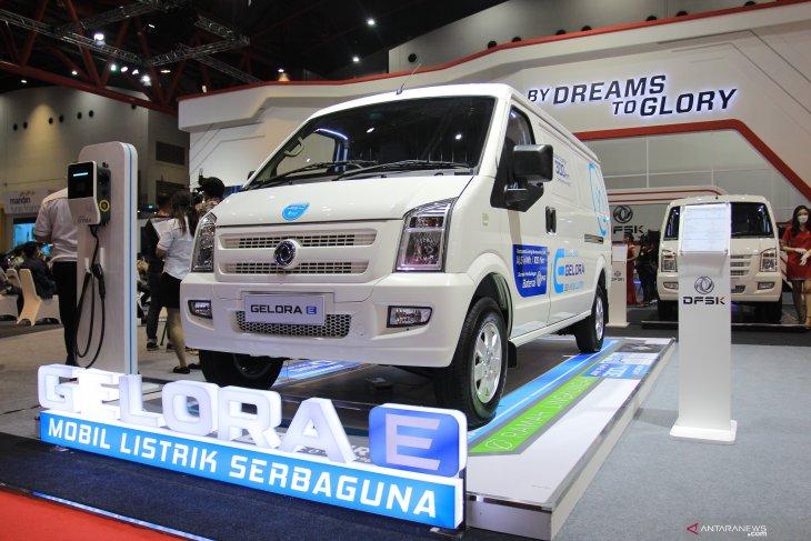 Deretan mobil listrik yang mejeng di IIMS 2021 3