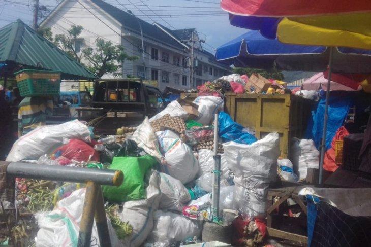 DLH: Selama Ramadan produksi sampah di Kota Ternate meningkat