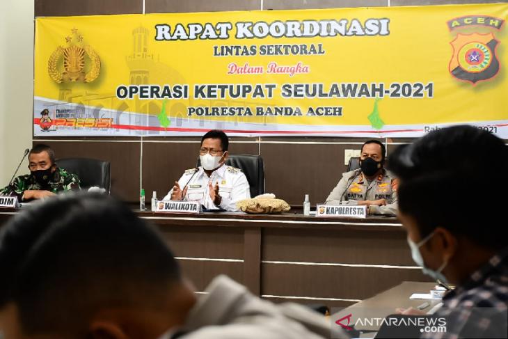 Wali Kota minta operasi ketupat Seulawah kawal warga taat prokes thumbnail