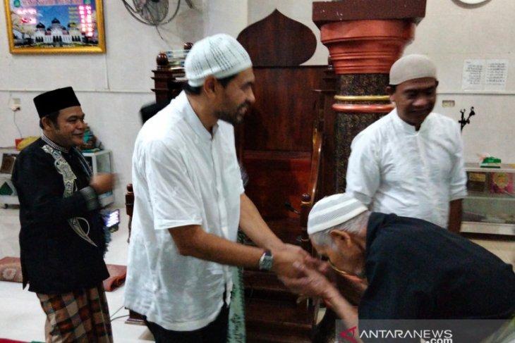 Mualem disambut antusias di Nagan Raya thumbnail