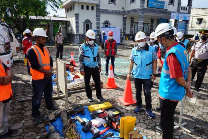 Pastikan listrik tetap nyala, PLN Aceh Siaga Penuh Jelang Idul Fitri 1442 H thumbnail