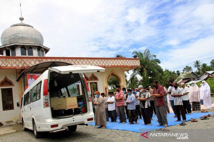 Seorang pasien COVID-19 di Aceh Barat meninggal dunia thumbnail