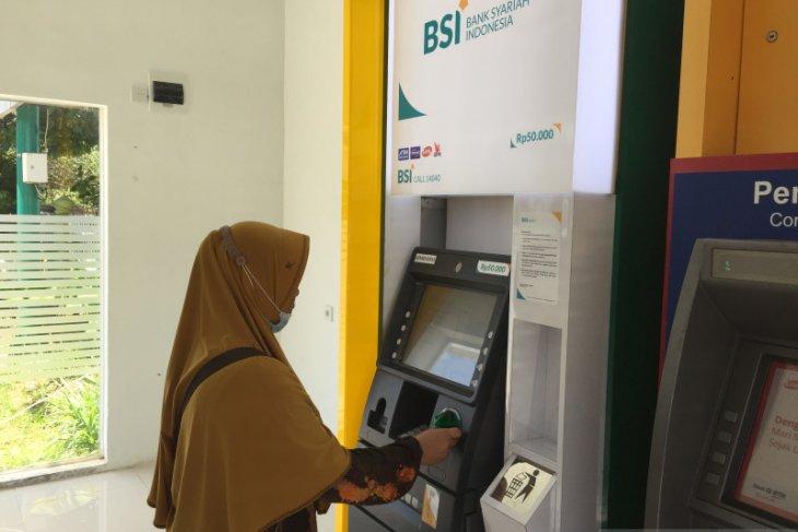 Optimalkan layanan di Aceh jelang lebaran, BSI sebar 31 tenaga teknologi informasi thumbnail