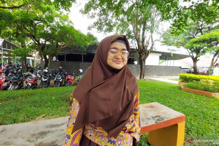 Tunanetra tidak halangi Dwi Wahyuni menorehkan prestasi thumbnail