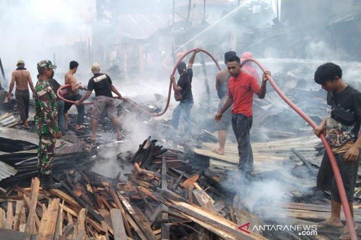 Tujuh rumah hangus terbakar di Kuala Simpang thumbnail