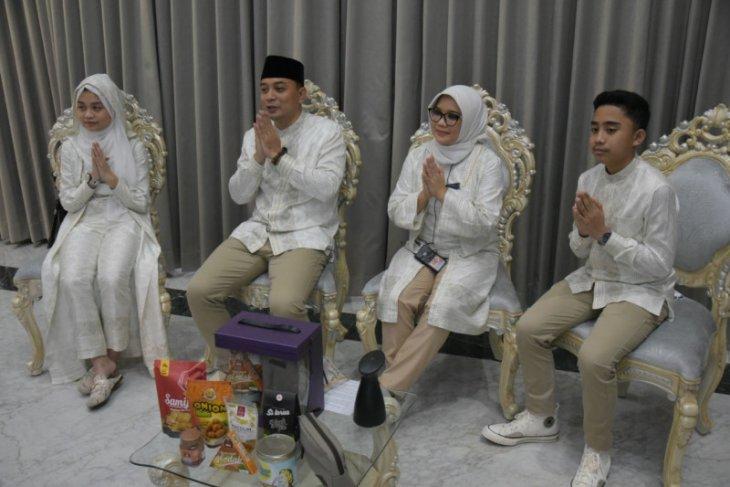 Wali Kota Surabaya gelar griya virtual unik thumbnail