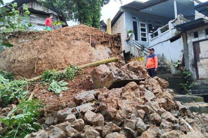 Tiga kecamatan di Kota Ambon terdampak banjir dan longsor