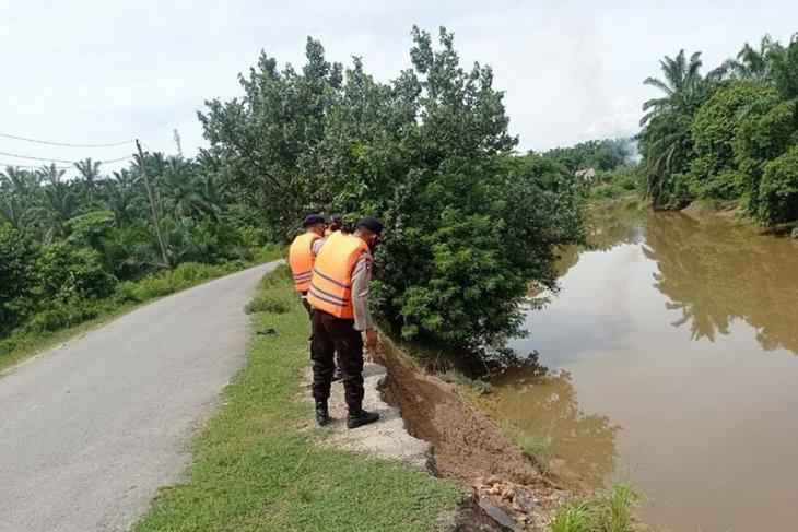 Brimob Aceh patroli SAR di lokasi rawan bencana thumbnail