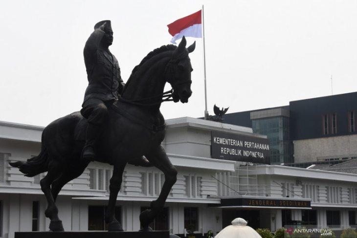 Patung Bung Karno Menunggang Kuda Di Kemenhan 060621 IES 6