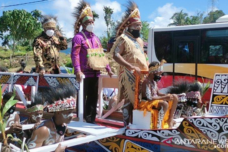 Gubernur ajak masyarakat merawat keberagaman suku di Papua Barat