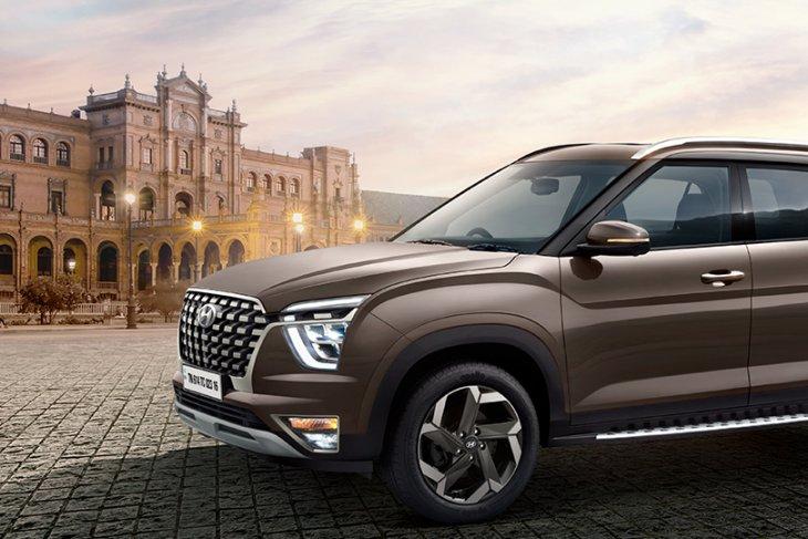 Tampilan Hyundai Alcazar, SUV pesaing Tata Safari & MG Hector Plus 1