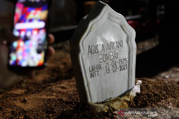 antarafoto pemakaman istri gubernur sultra kendari 130721 jjn 1