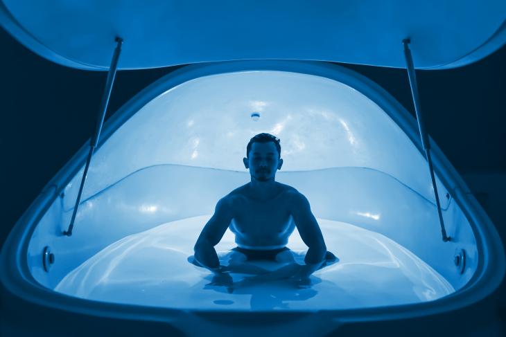 Meditasi dalam kubah berisi air Dok.Palm Avenue Float Club - SatuPos.com