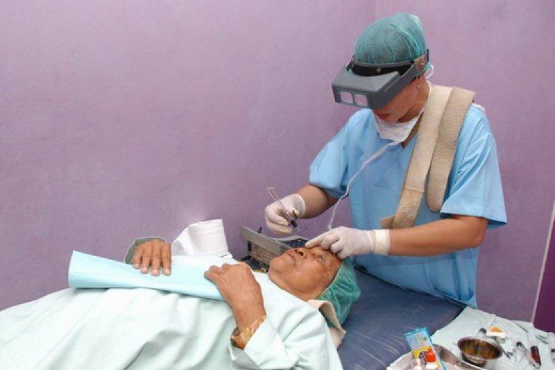Penderita katarak Indonesia capai 4 juta orang