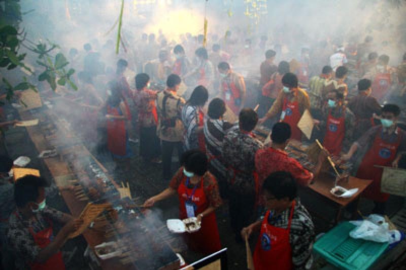Gorontalo catat rekor dunia sajian sate