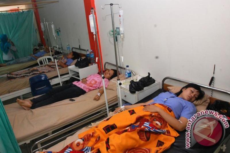 43 warga Karawang diduga keracunan gas pabrik