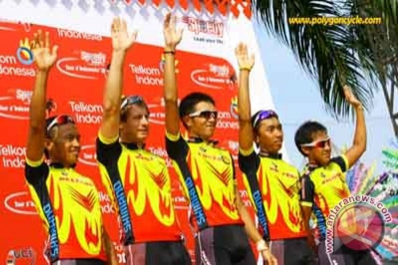 Bambang Suryadi finis ketujuh pada etape ketiga