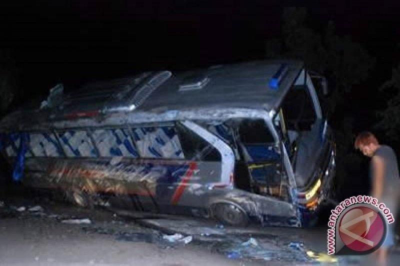 Korban kecelakaan Sumedang delapan orang tewas