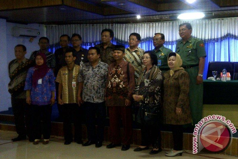 Pemkot dan Dekot Surakarta Studi Banding di Manado