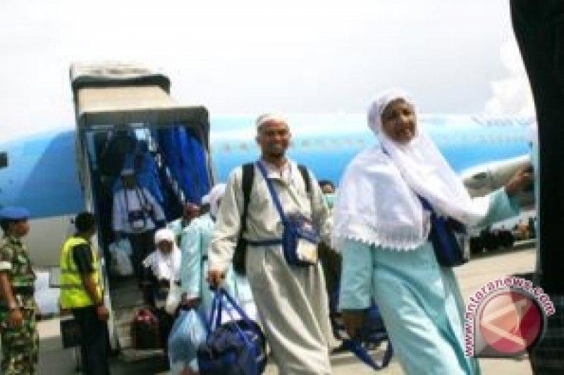 Jamaah haji Kalsel yang sudah pulang hampir mencapai 2.000
