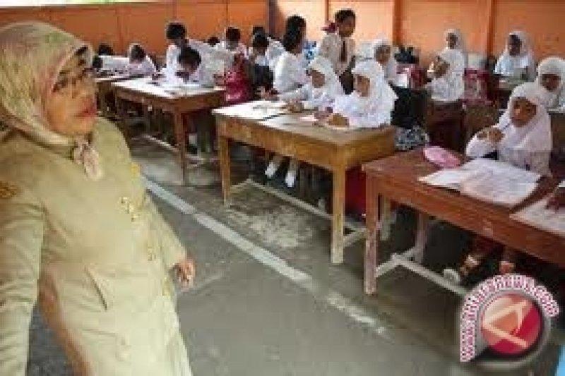 1.400 Kelas di Sukabumi Rusak