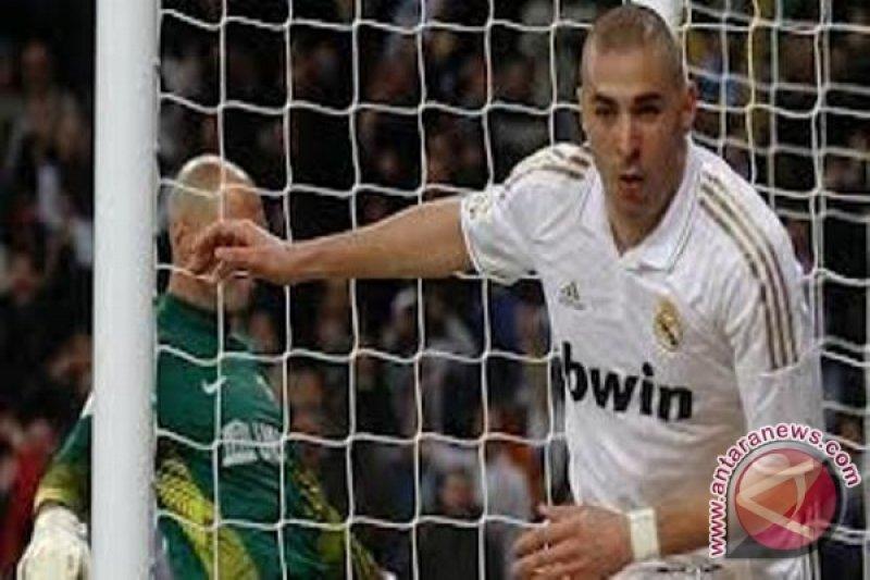 Real Madrid gilas Malaga berkat gol Ronaldo dan Benzema