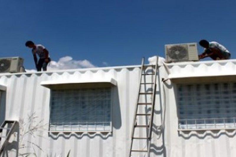 Jakarta panas, teknisi AC  kewalahan layani konsumen