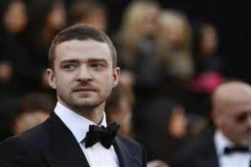 Justin Timberlake kembali batalkan konser karena masalah pita suara