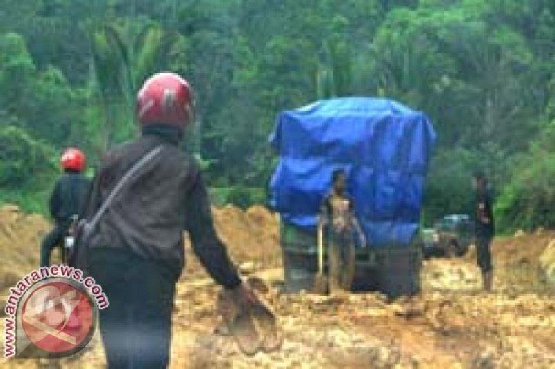 Legislator Perjuangkan Infrastruktur Mamasa