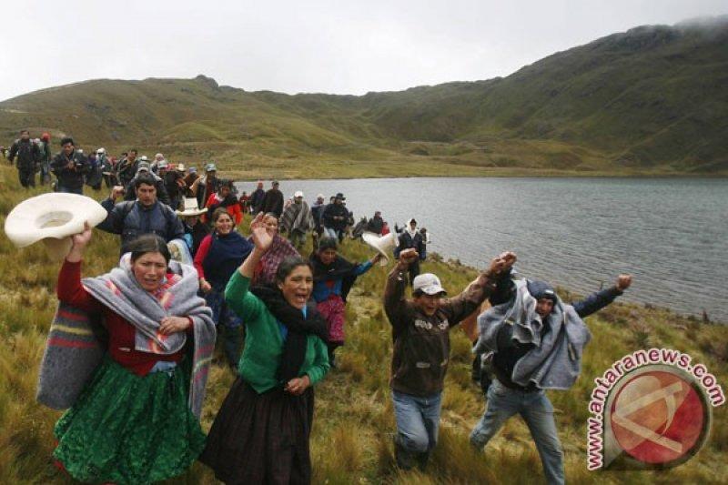 Desa Peru setuju akhiri blokade jalan tambang Las Bambas
