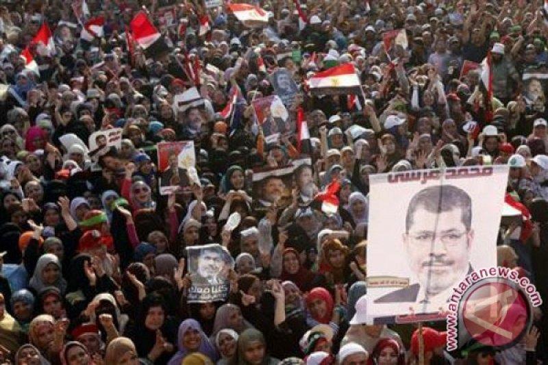 "KBRI Kairo sebarkan ""hotline"" siaga pantau WNI"
