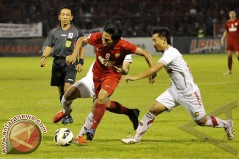 Sepak Bola - PSM  Kalahkan Persiba Bantul 1-0