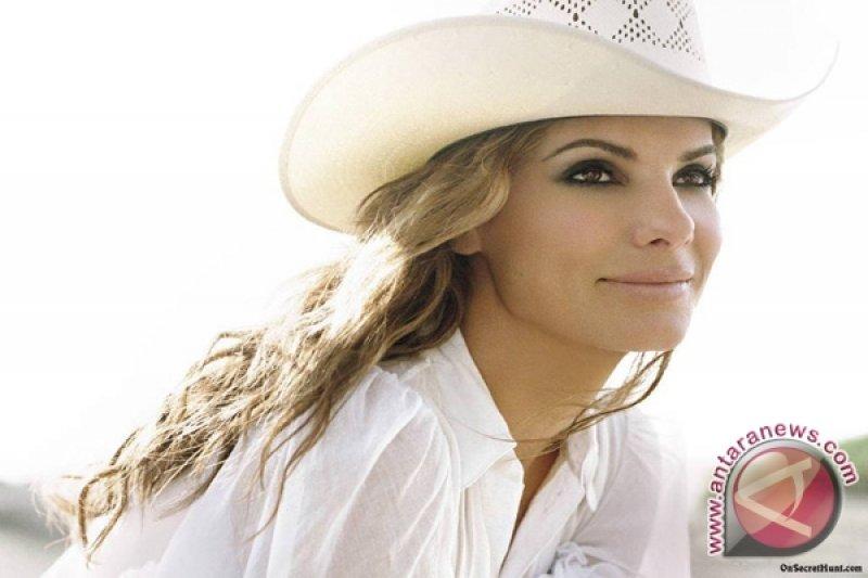 Sandra Bullock raih empat penghargaan People's Choice