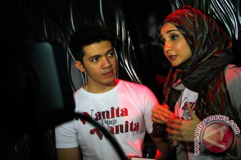 Pasangan selebritis Irwansyah dan Zaskia dipanggil terkait penggelapan uang bisnis