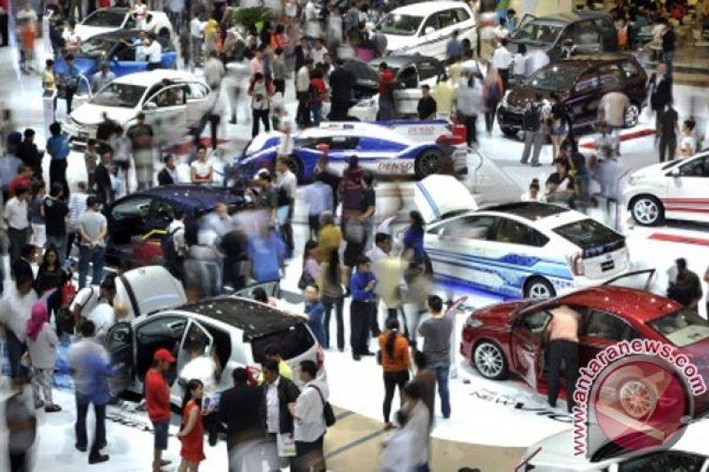 Pasar otomotif dalam negeri tahun ini diprediksi positif