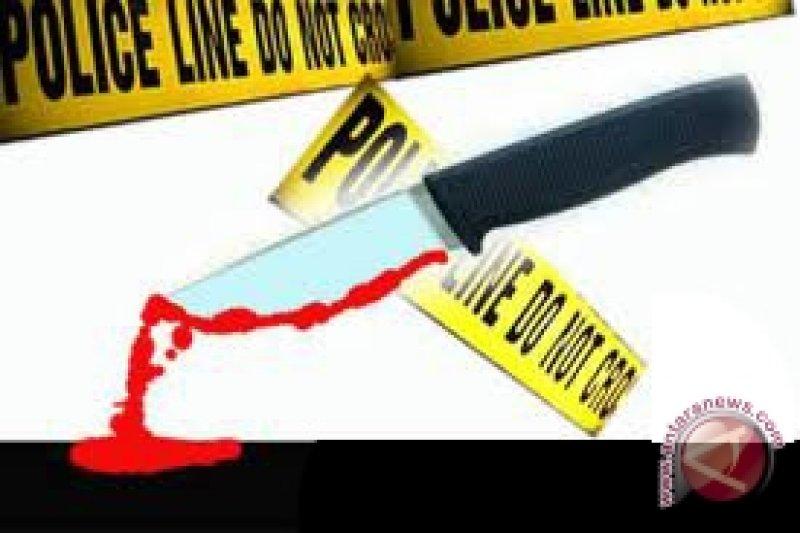 Karyawan salon ditemukan tewas bersimbah darah