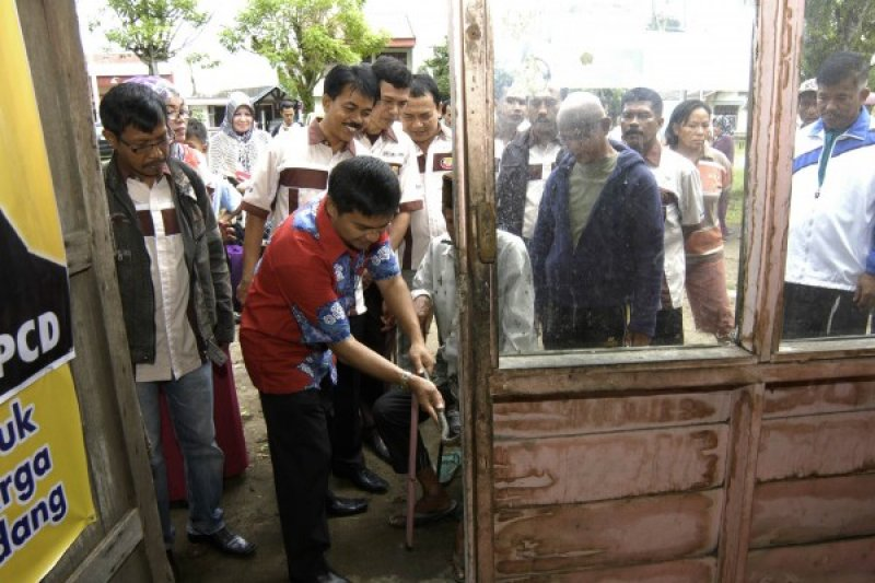 Pasaman Anggarkan Rp2 Miliar Perbaikan Rumah Masyarakat
